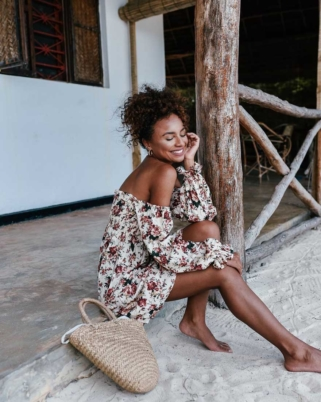 Pretty Floral Dresses You Need This Summer
