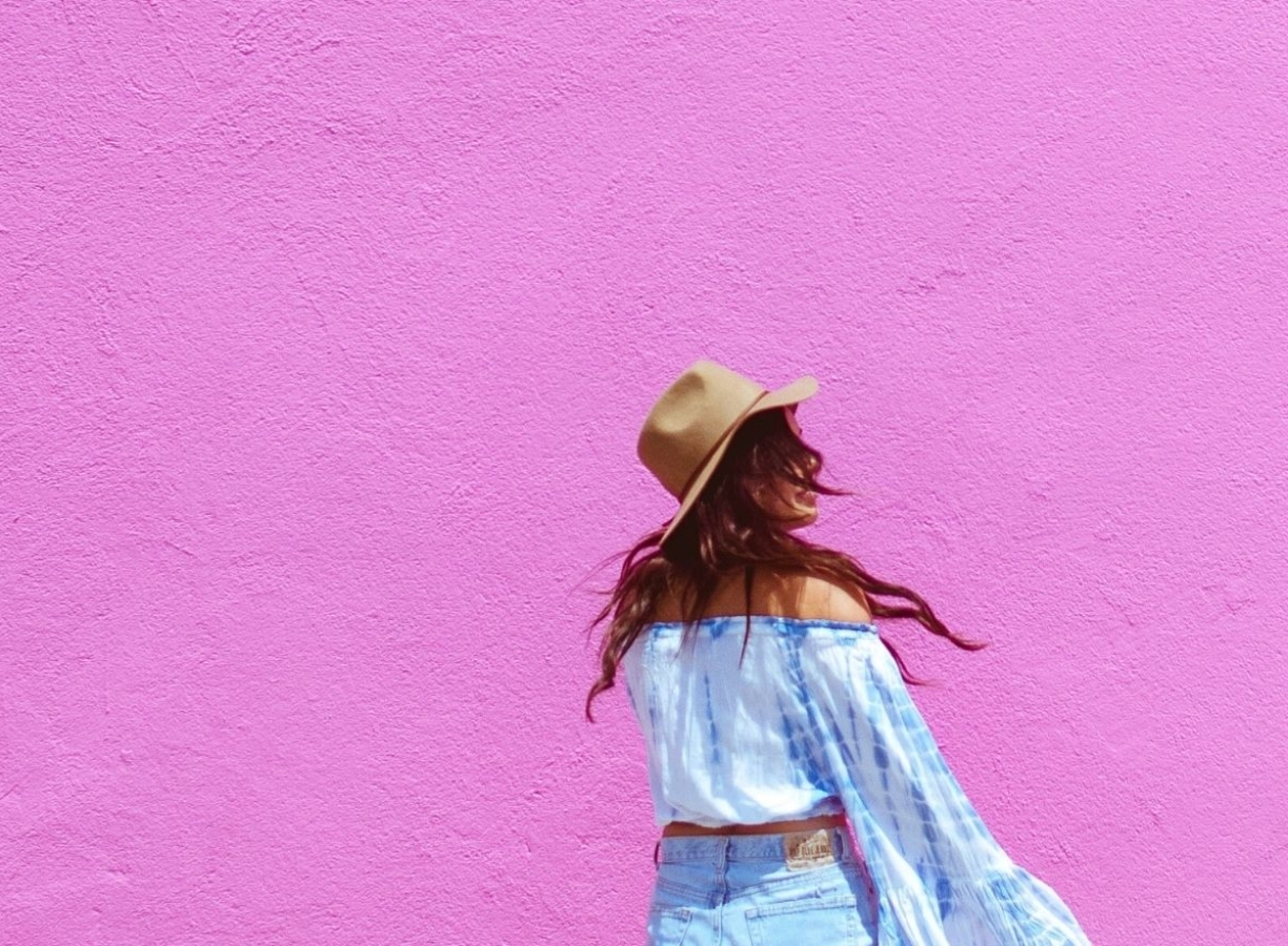 21 Colorful Summer Tie Dye Outfits You Have to Buy